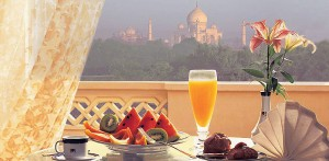 Breakfast with a View of the Taj Mahal: Oberoi Amarvilas in Agra, India