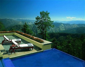 Jacuzzi with a View: Oberoi Cecil in Shimla, India