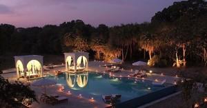 Evening poolside at Shahpura Bagh