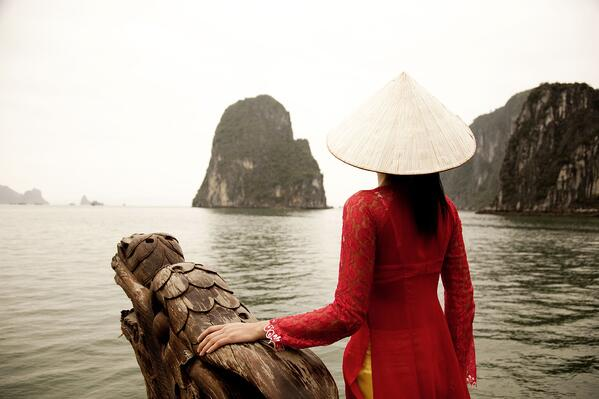 Halong Bay - Woman in traditional dress