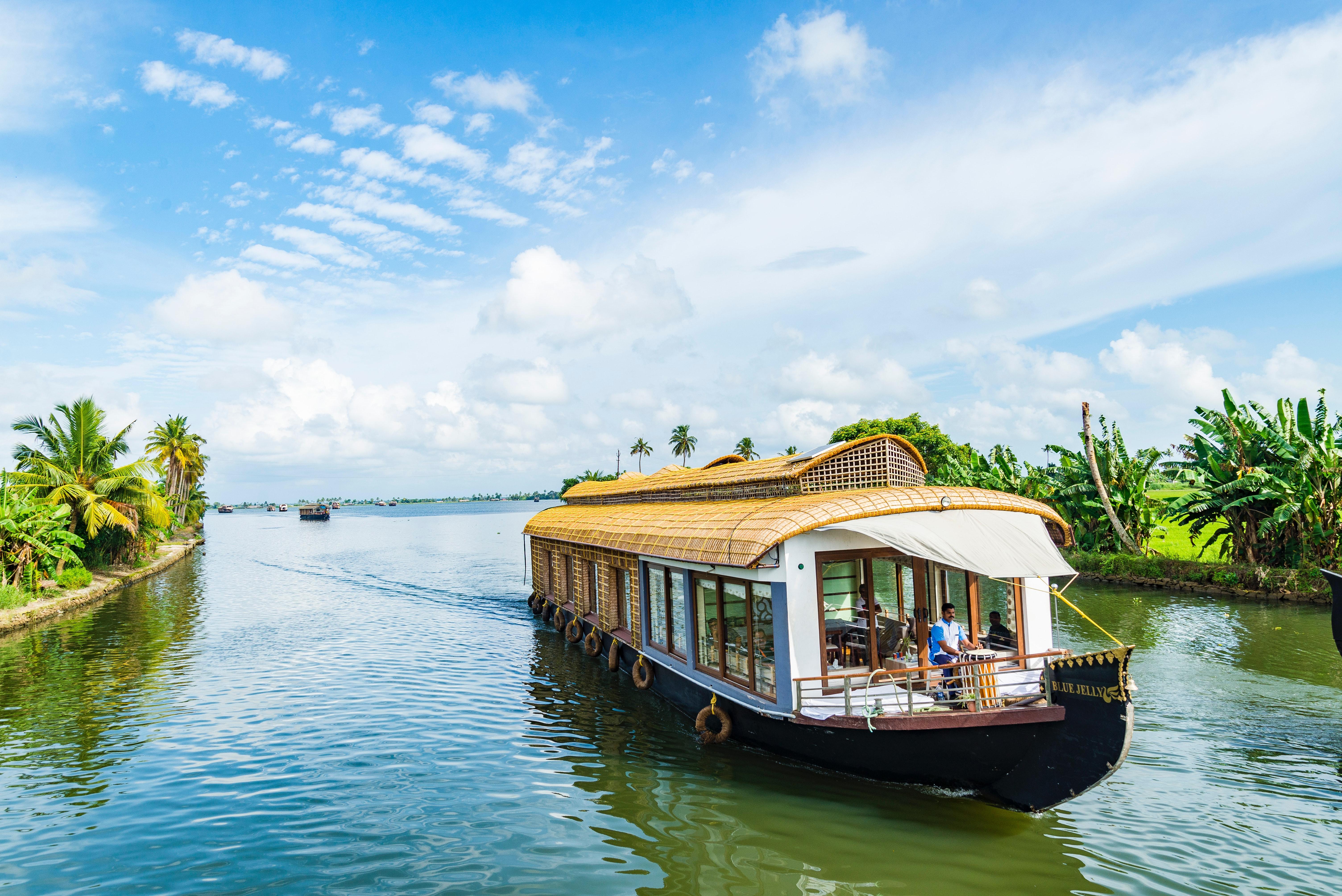 India Houseboat