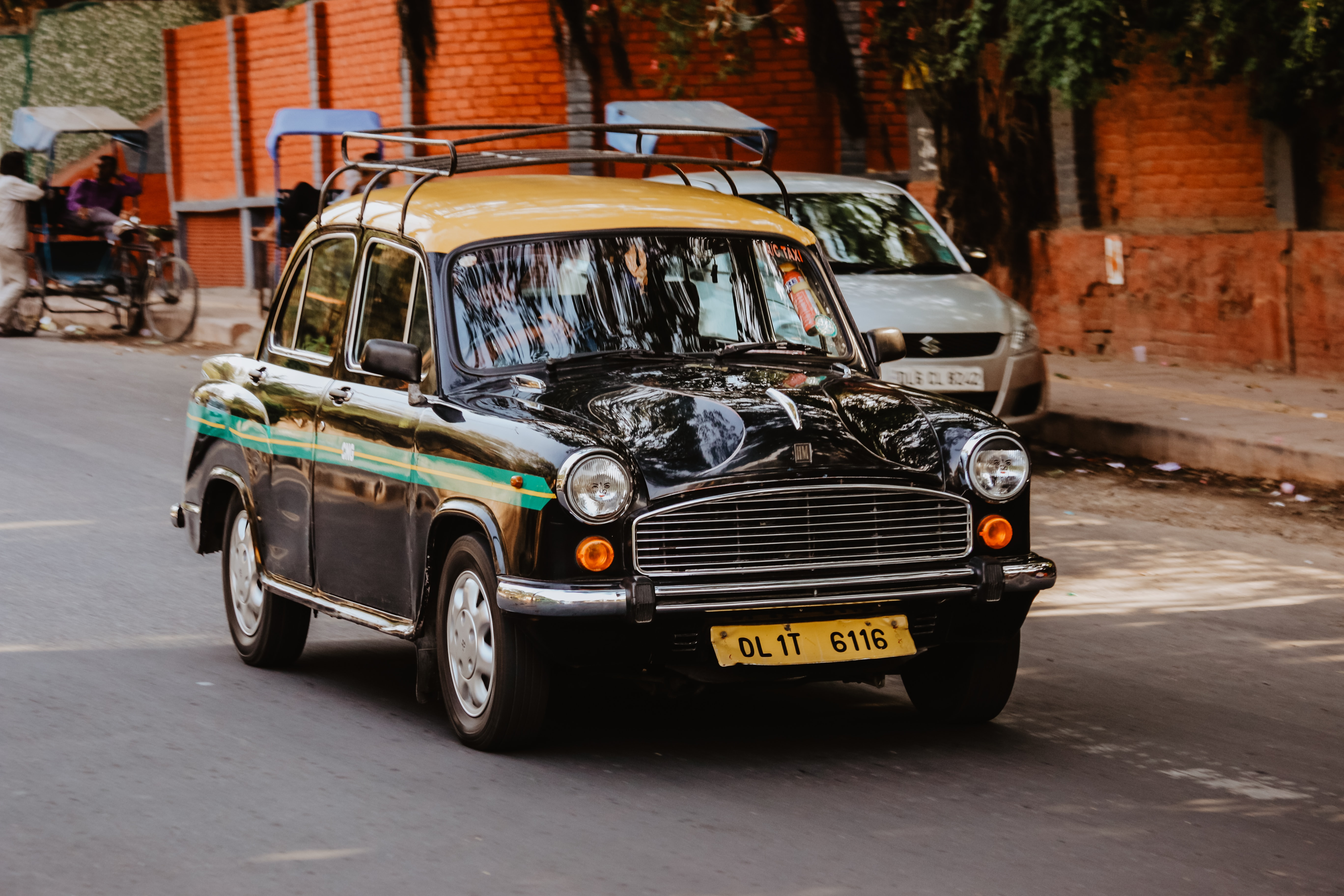 Taxis-Sodha-Travel