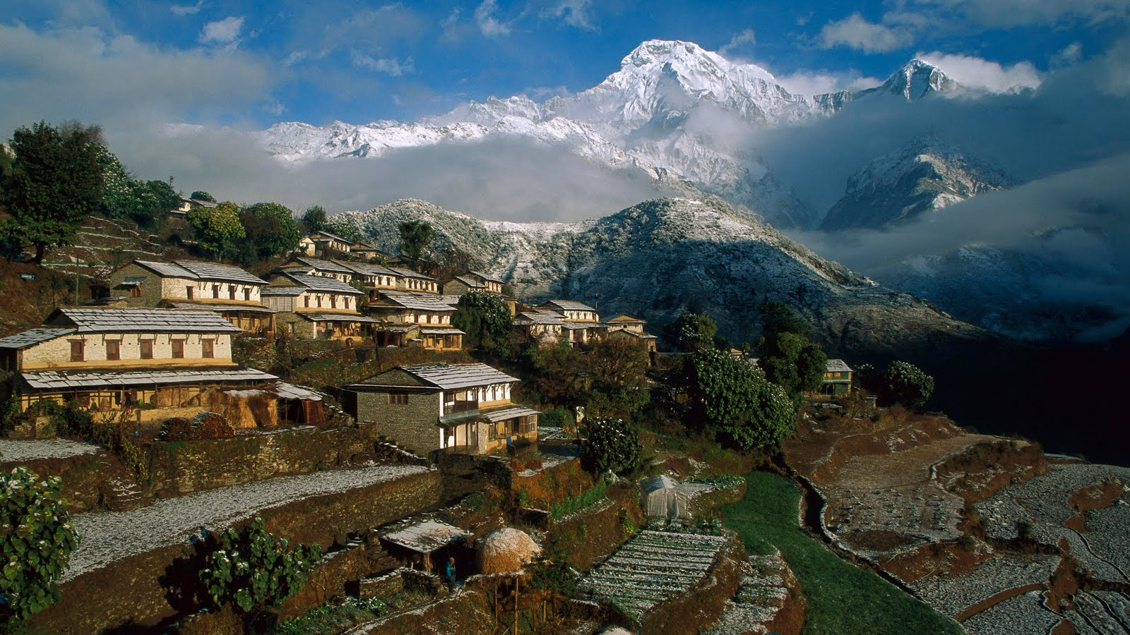 ghangdrung-village-annapurna-sodha-travel